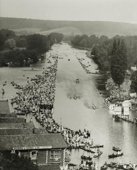 Henley 1928 - Final of the Grand from Henley church tower