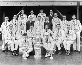 TRC Henley winning crews 1927 posing with trophies