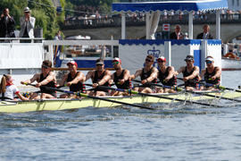 Thames Cup B crew