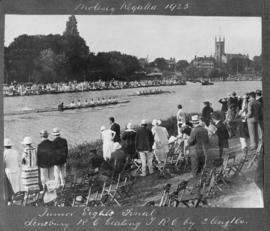 Molesey 1925 - Junior eights final, Lensbury RC beating TRC by 2 lengths