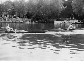 TRC sculler racing at an upriver regatta