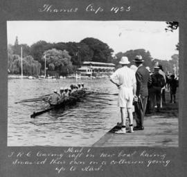 Henley 1925 - Thames Cup, TRC paddling to start in new boat after a collision