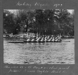 Molesey 1923 - Thames A and B in close finish of Junior-Senior eights heat