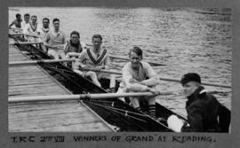 Reading 1927 - TRC second eight, winners of Grand at Reading